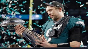 eagles_patriots_super_bowl_football_25321567